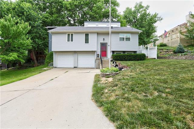 8216 Harris Avenue, Raytown, MO 64138 (#2112439) :: No Borders Real Estate