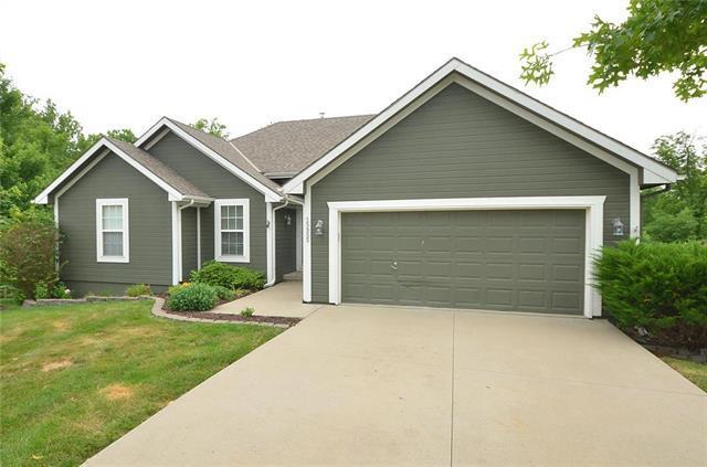 15855 Meadow Court, Platte City, MO 64079 (#2112533) :: Edie Waters Network