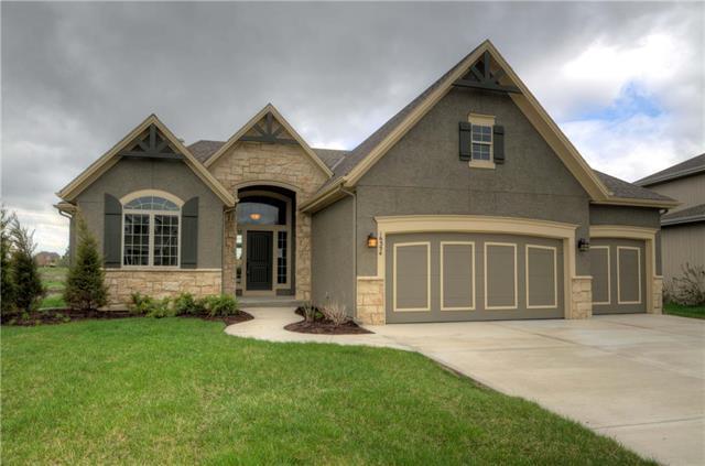 22120 W 122nd Street, Olathe, KS 66061 (#2112554) :: Char MacCallum Real Estate Group