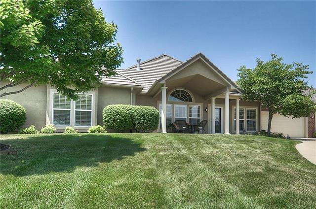 14514 Birch Street, Overland Park, KS 66224 (#2112634) :: No Borders Real Estate