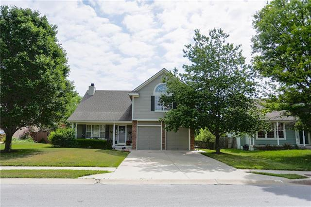 701 S Old Paint Road, Raymore, MO 64083 (#2112759) :: No Borders Real Estate