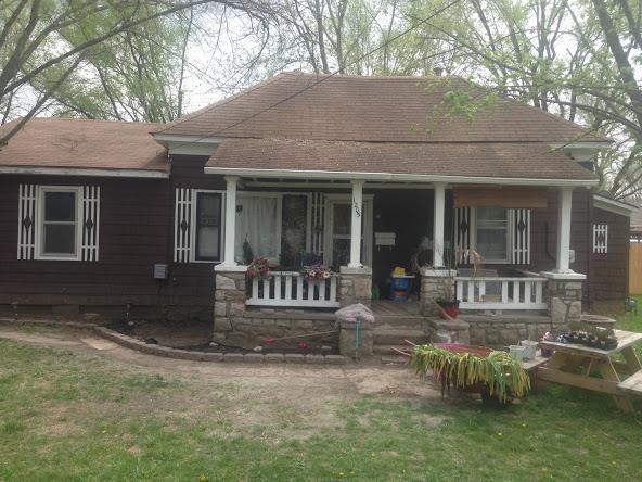 1205 Curtis Avenue, Excelsior Springs, MO 64024 (#2112842) :: Edie Waters Network