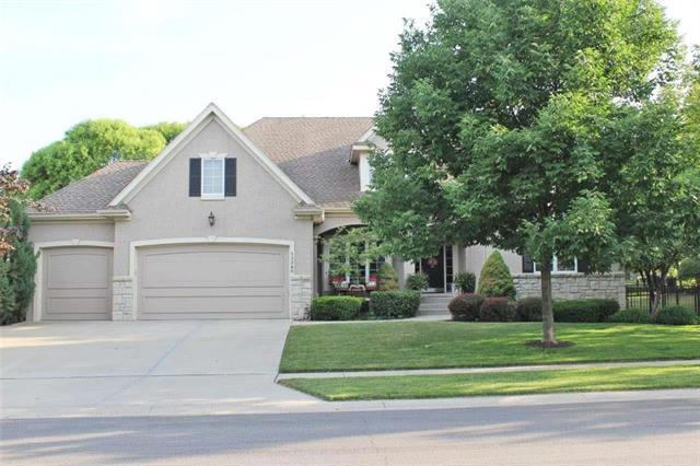 13280 High Drive, Leawood, KS 66209 (#2113092) :: No Borders Real Estate