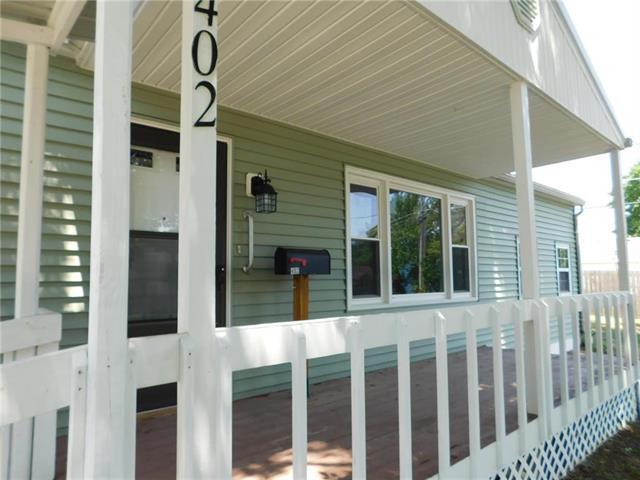 402 10th Street Terrace, Warrensburg, MO 64093 (#2113171) :: The Shannon Lyon Group - ReeceNichols