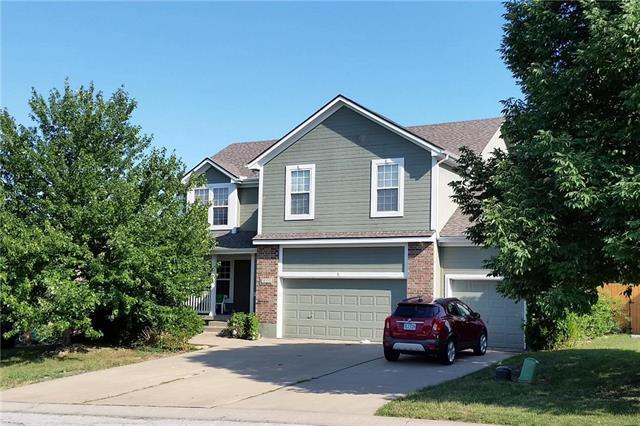 3608 NW Chapman Court, Blue Springs, MO 64015 (#2113211) :: No Borders Real Estate