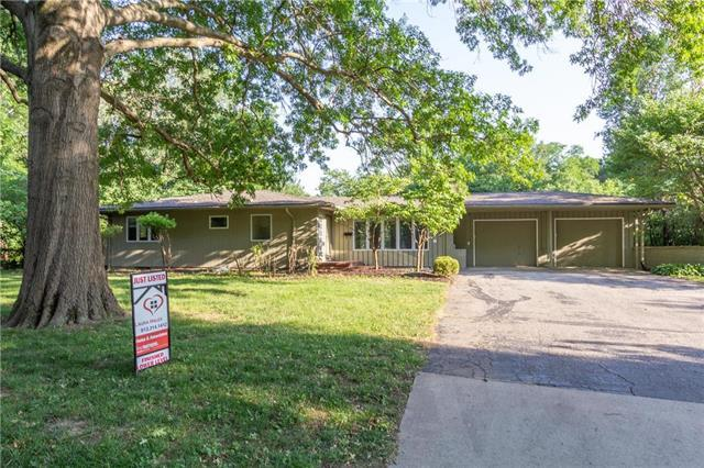 8606 Belinder Road, Leawood, KS 66206 (#2113235) :: No Borders Real Estate