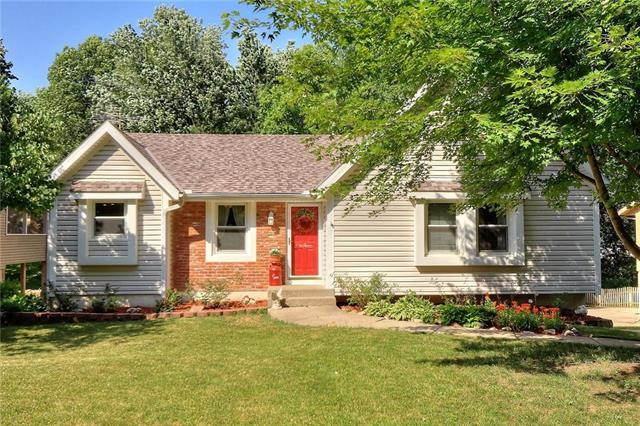 1518 Baker Street, Liberty, MO 64068 (#2113240) :: No Borders Real Estate