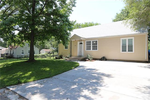 1012 S Park Avenue, Independence, MO 64050 (#2113259) :: No Borders Real Estate