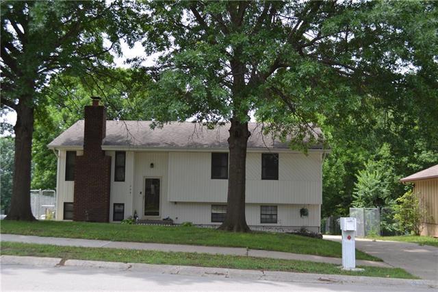 305 NE Sunnyside School Road, Blue Springs, MO 64014 (#2113275) :: No Borders Real Estate