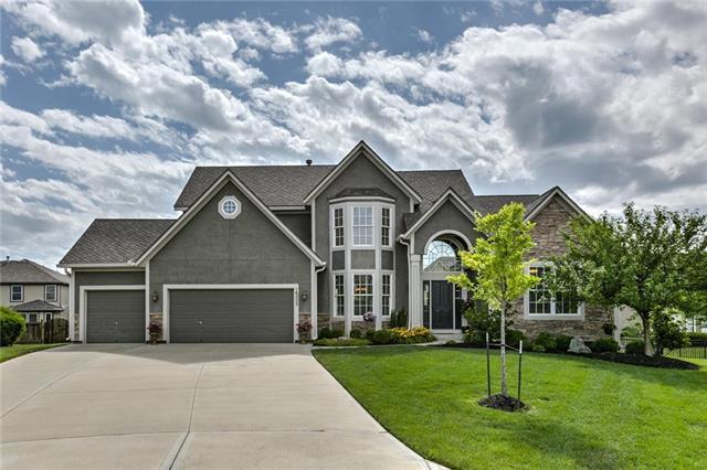 16253 S Bradley Drive, Olathe, KS 66062 (#2113292) :: No Borders Real Estate