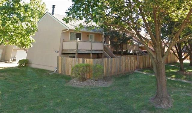 10955 Gillette Street, Overland Park, KS 66210 (#2113319) :: No Borders Real Estate