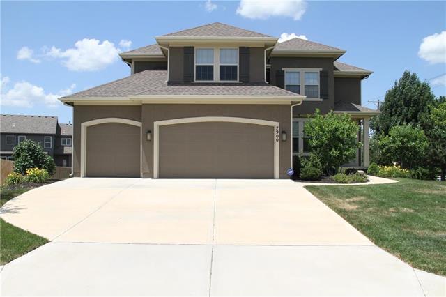 7900 Barth Road, Lenexa, KS 66227 (#2113348) :: Char MacCallum Real Estate Group