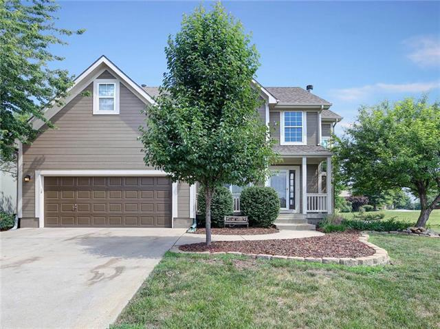 21312 W 58th Street, Shawnee, KS 66218 (#2113358) :: The Shannon Lyon Group - ReeceNichols