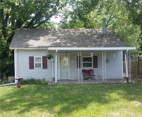 308 E Kay Street, Lansing, KS 66043 (#2113403) :: No Borders Real Estate