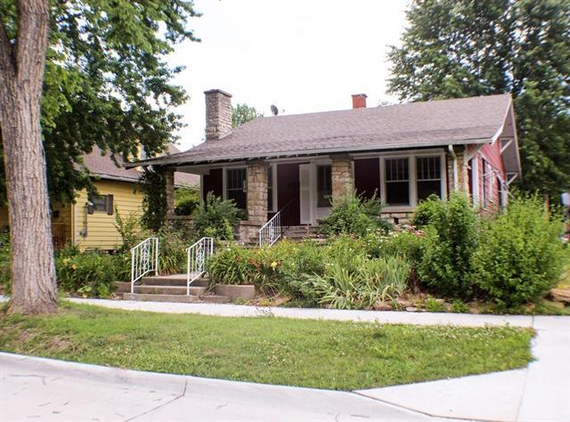 115 Main Street, Osawatomie, KS 66064 (#2113678) :: Kedish Realty Group at Keller Williams Realty