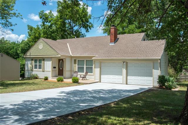 6208 W 62nd Terrace, Mission, KS 66202 (#2113712) :: Team Real Estate