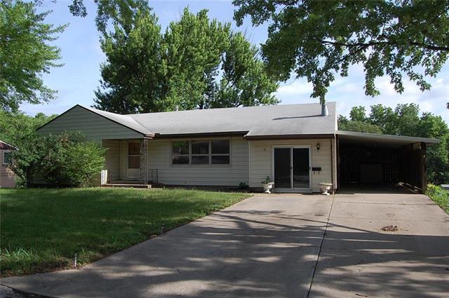 1504 Osage Street, Leavenworth, KS 66048 (#2113927) :: Kedish Realty Group at Keller Williams Realty