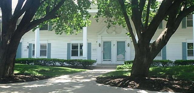 10549 Riley Street, Overland Park, KS 66212 (#2114061) :: Kedish Realty Group at Keller Williams Realty