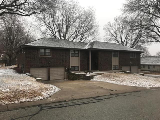 9515-7 Overhill Road, Kansas City, MO 64134 (#2114188) :: Edie Waters Network
