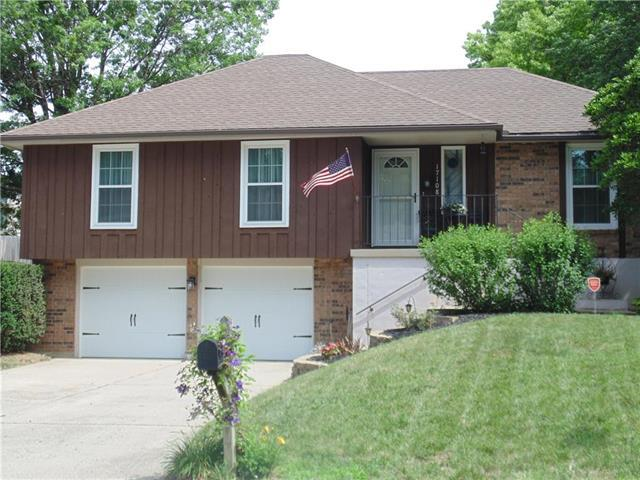 17108 E 7th Terrace Court, Independence, MO 64056 (#2114211) :: No Borders Real Estate