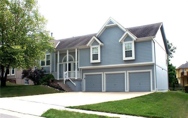 2325 W Cothrell Street, Olathe, KS 66061 (#2114246) :: No Borders Real Estate