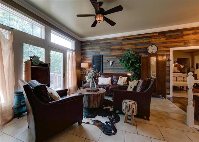 605 Rosewood Circle, Raymore, MO 64083 (#2114288) :: No Borders Real Estate