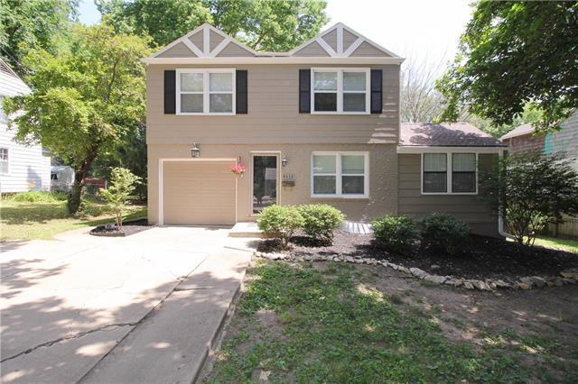 8635 Maiden Lane, Kansas City, MO 64114 (#2114294) :: Edie Waters Network
