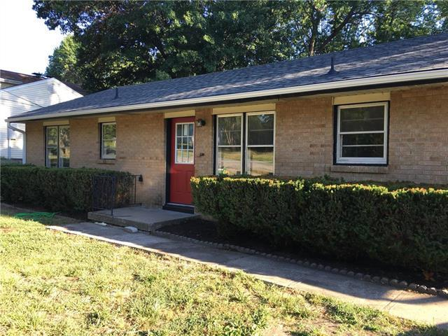 908 NE 83rd Street, Kansas City, MO 64118 (#2114356) :: Edie Waters Network
