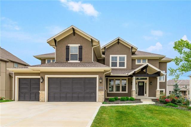 16125 Monrovia Street, Overland Park, KS 66224 (#2114379) :: Char MacCallum Real Estate Group