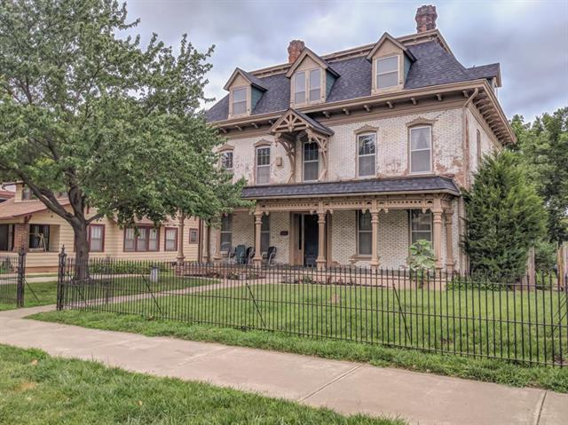 522 W Maple Avenue, Independence, MO 64050 (#2114522) :: Edie Waters Network
