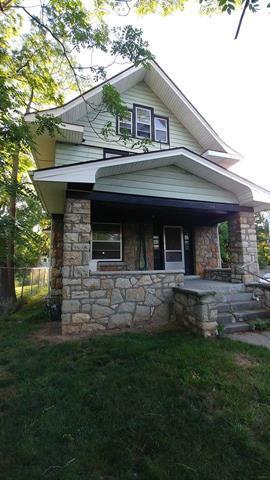3800 Flora Avenue, Kansas City, MO 64109 (#2114545) :: Edie Waters Network
