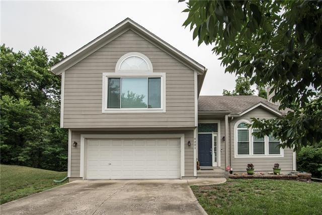 4201 Shrank Court, Independence, MO 64055 (#2114584) :: The Shannon Lyon Group - ReeceNichols