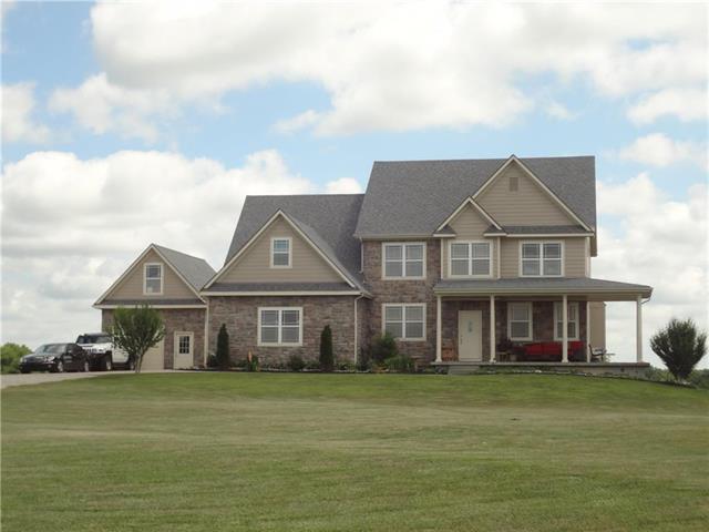 32667 Keystone Drive, Louisburg, KS 66053 (#2114622) :: Edie Waters Network