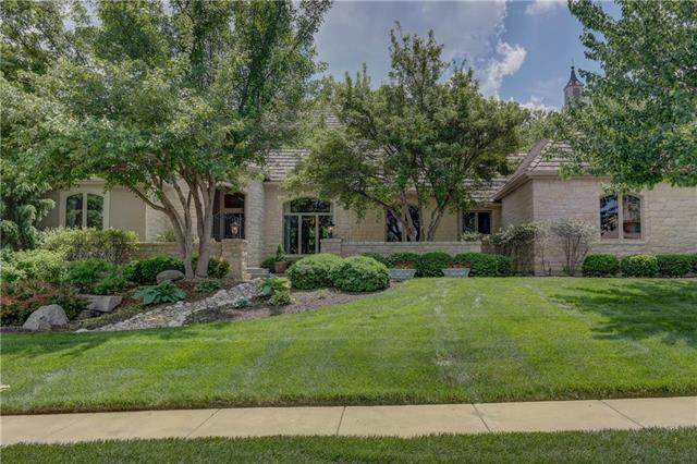 3611 W 140th Street, Leawood, KS 66224 (#2114629) :: Edie Waters Network