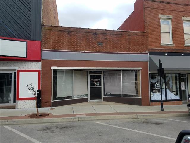 116 W Pine Street, Warrensburg, MO 64093 (#2114826) :: Edie Waters Network