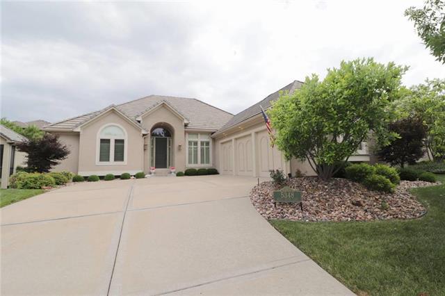 5348 W 150 Terrace, Leawood, KS 66224 (#2114849) :: Edie Waters Network