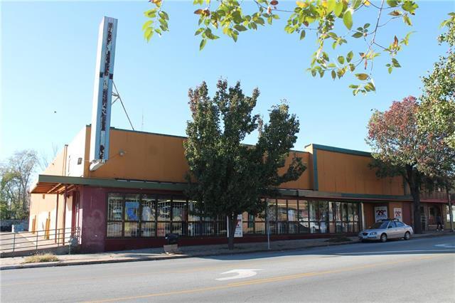 3230 Troost Avenue, Kansas City, MO 64109 (#2114909) :: Edie Waters Network