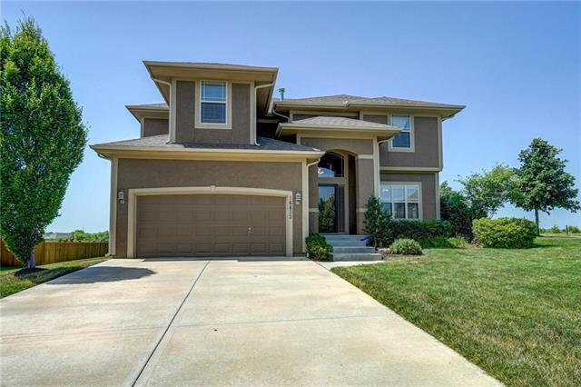 16433 W 165TH Terrace, Olathe, KS 66062 (#2115332) :: Edie Waters Network
