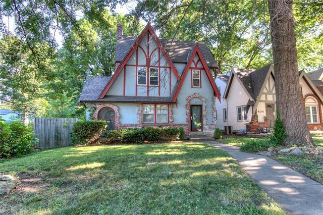 400 E 75th Street, Kansas City, MO 64131 (#2115445) :: Edie Waters Network