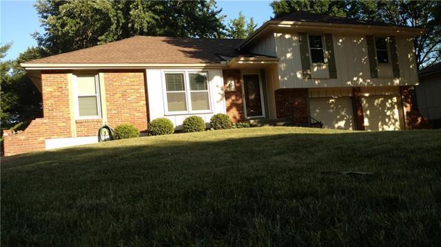 507 N Jefferson Street, Raymore, MO 64083 (#2115523) :: Edie Waters Network