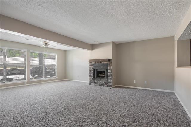 8883 W 106th Terrace, Overland Park, KS 66212 (#2115576) :: Edie Waters Network