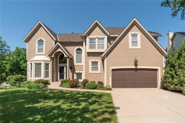 14344 Mackey Street, Overland Park, KS 66223 (#2115577) :: Edie Waters Network