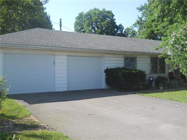 103 S 2nd Street, Garden City, MO 64747 (#2115650) :: Edie Waters Network