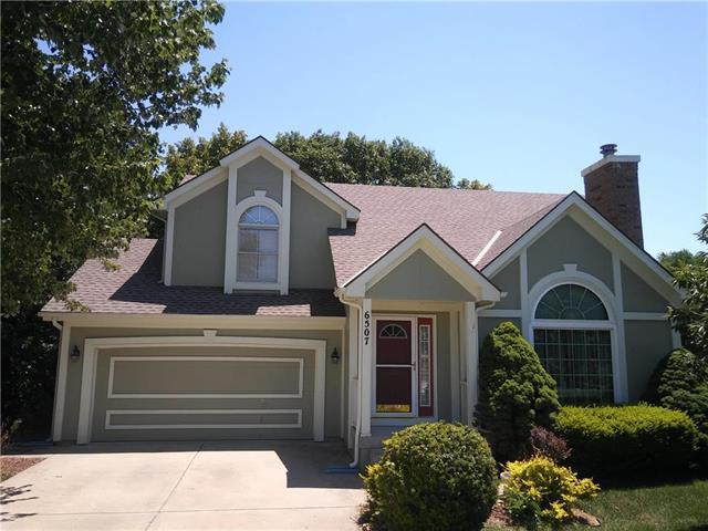 6507 NW Sioux Court, Parkville, MO 64052 (#2115687) :: Edie Waters Network