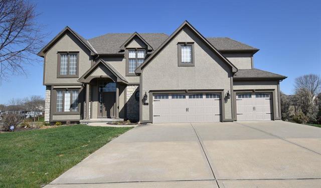 9911 N Ash Avenue, Kansas City, MO 64157 (#2115772) :: Edie Waters Network