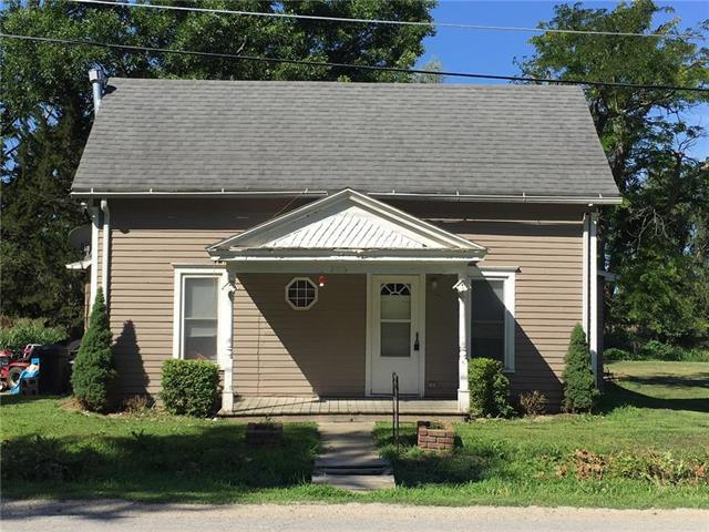 305 Commercial Street, Forest City, MO 64451 (#2115900) :: Stroud & Associates Keller Williams - Powered by SurRealty Network