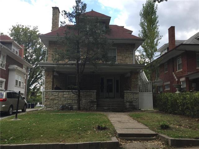 2637 E 29th Street, Kansas City, MO 64128 (#2116173) :: Edie Waters Network