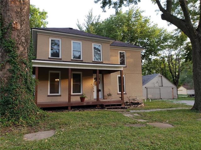 604 S Mulberry Street, Ottawa, KS 66067 (#2116414) :: Char MacCallum Real Estate Group