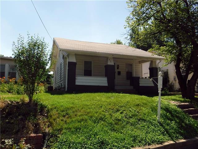911 N Main Street, Independence, MO 64050 (#2116846) :: Edie Waters Network