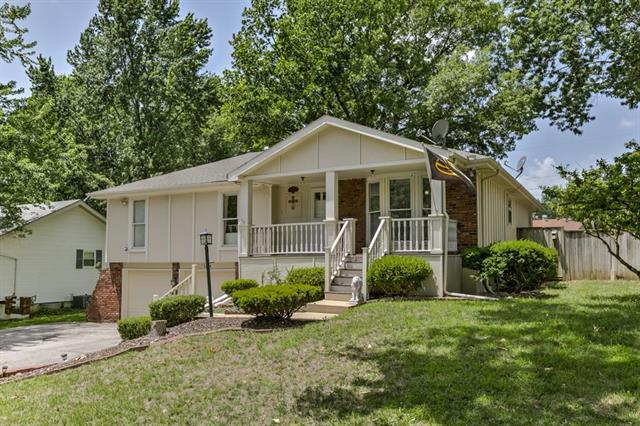 5204 Mccoy Street, Independence, MO 64055 (#2116855) :: Edie Waters Network